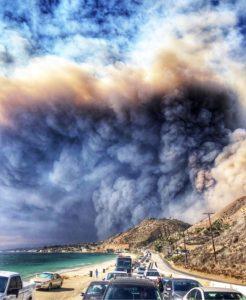 People leaving Malibu in mandatory evacuation